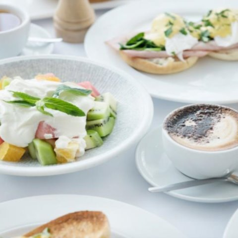 Breakfast every weekday in 45 on Rawson, in Rawsons Restaurant on Weekends